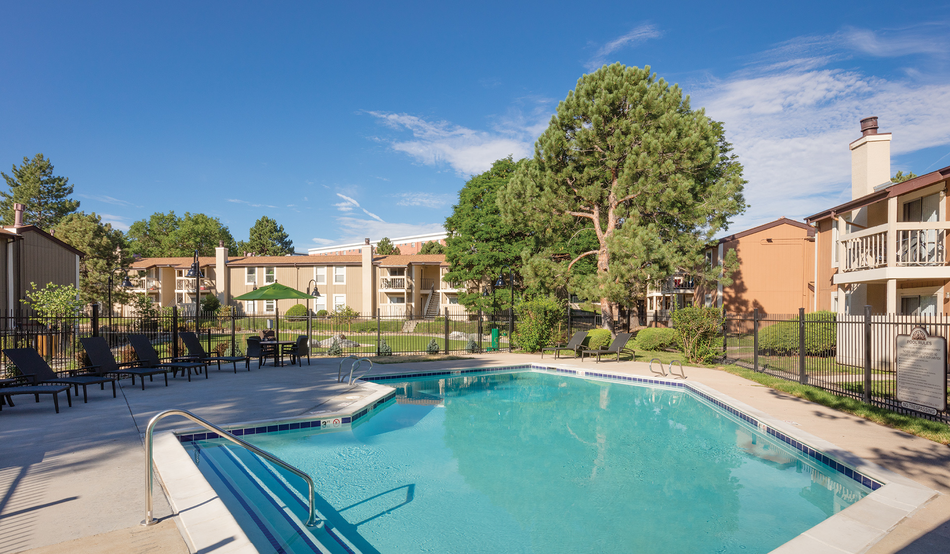 Creekside Apartments in Denver, CO - Resort-style Pool