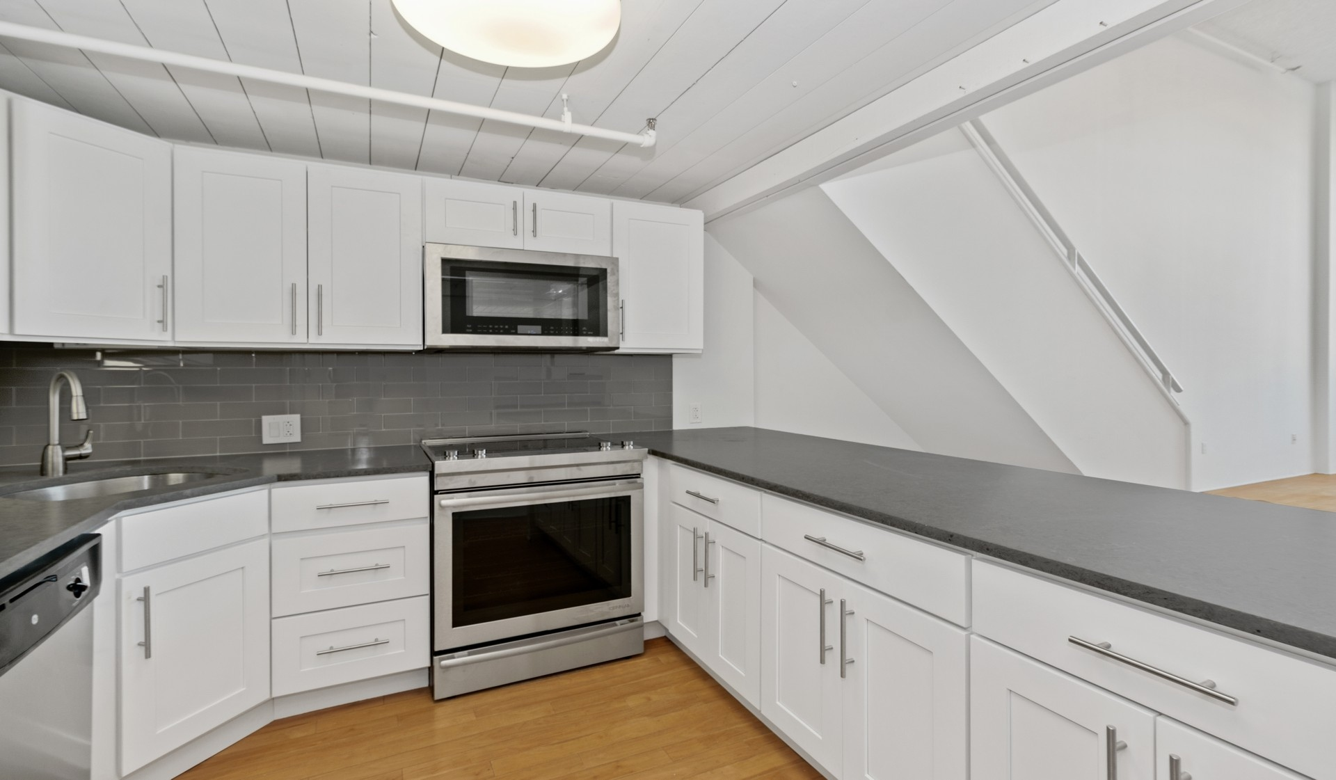 The RiverLoft Apartment Homes in Philadelphia, PA - upgraded kitchen