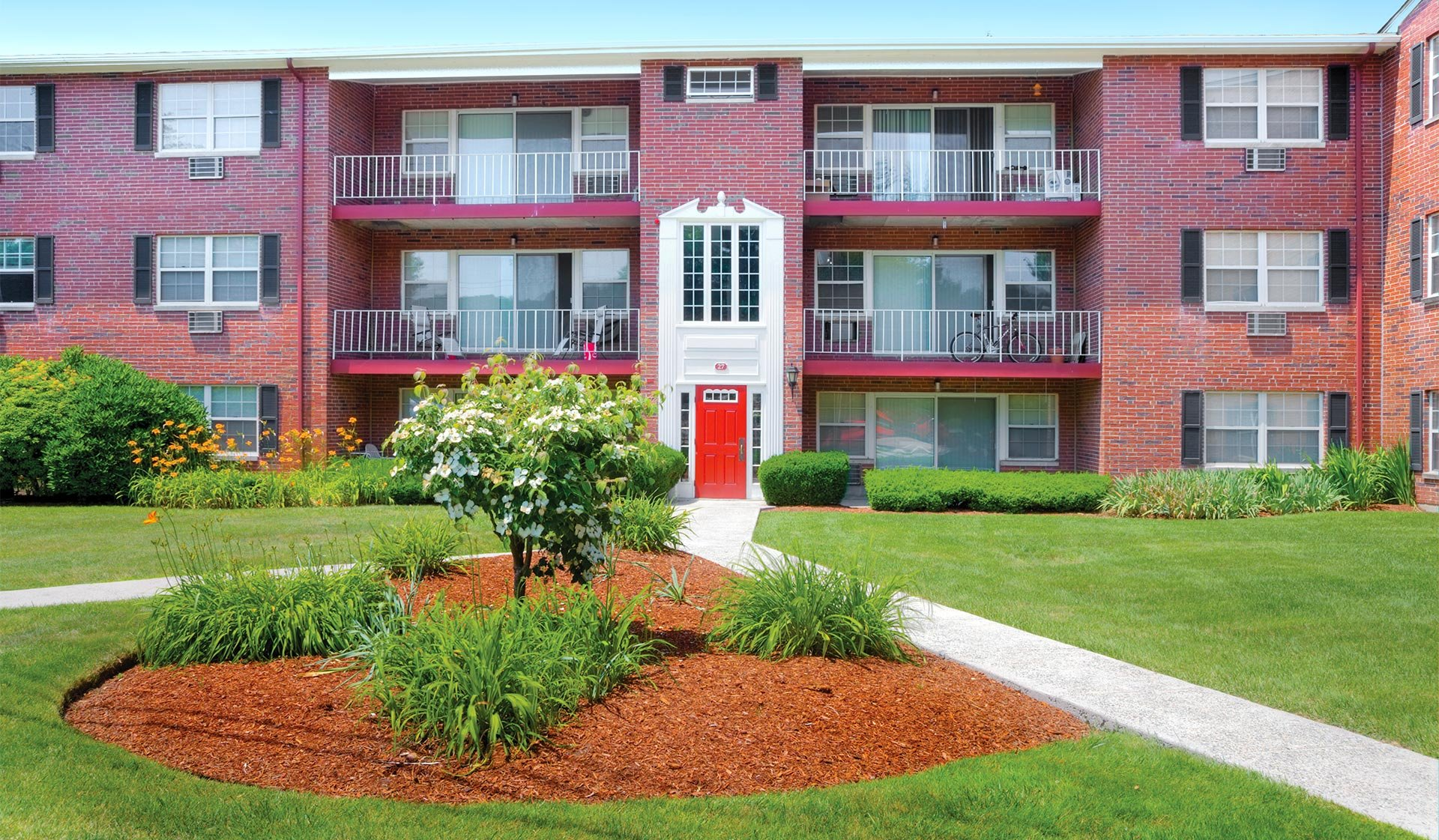 Georgetown Apartment Homes in Framingham, MA - Great Location