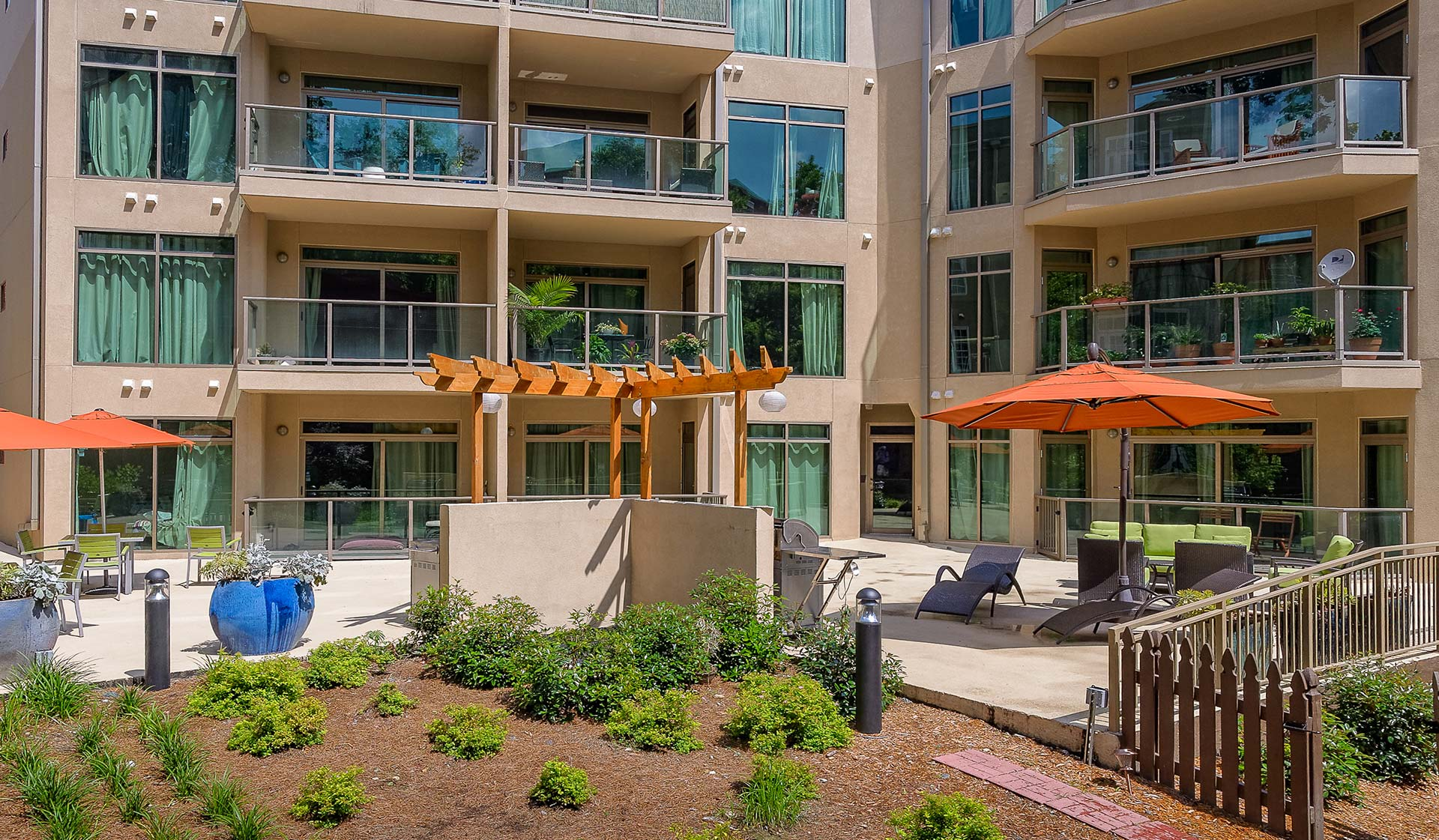 Midtown Atlanta Apartments for Rent - 1045 on the Park Apartment Homes