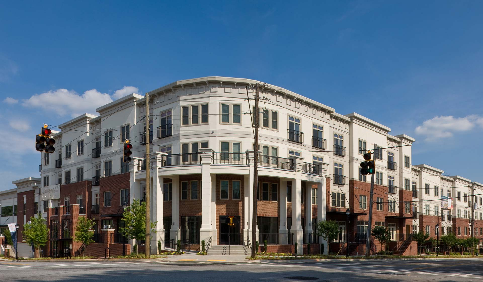 Tremont Apartment Homes in Atlanta, GA - 1- and 2-bedrooms available for rent